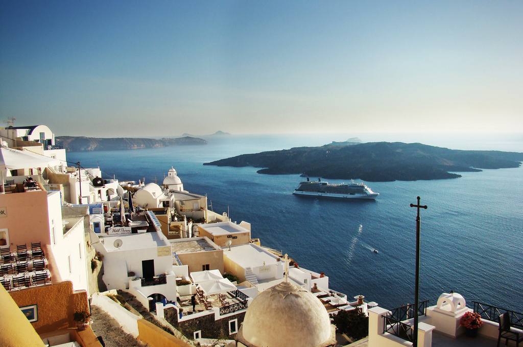 Because of islands like Santorini, Greece is one of the best countries in Europe for a honeymoon ... photo by CC user Mathanki Kodavasal on Flickr